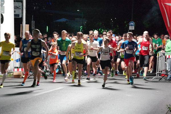 13. Bunerts Lichterlauf am 26.09.2015, Foto Laufszene